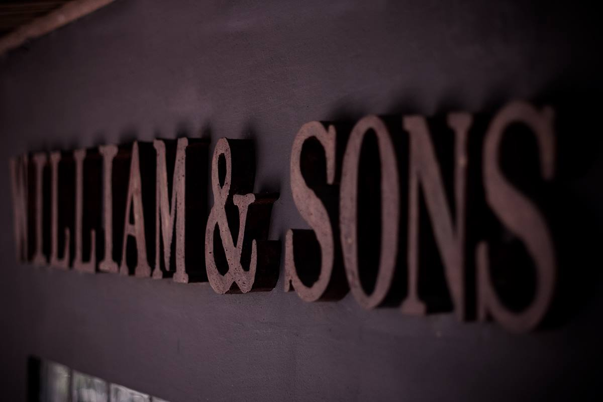 William & Sons Coffee